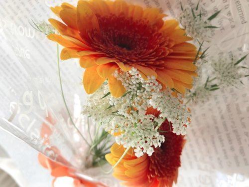 カサブランカさんのワンコインで買える花束
