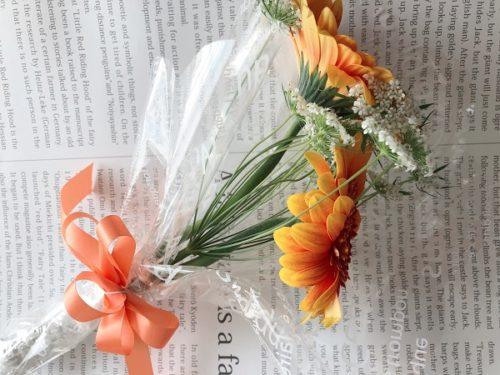 カサブランカの花束のラッピング